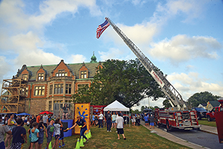 National Night Out builds community with police and public